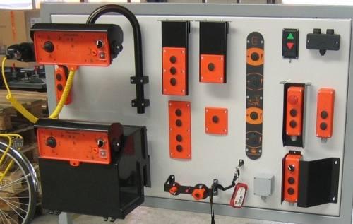 Various Dhollandia Control Boxes At Parts 4 Tail Lifts